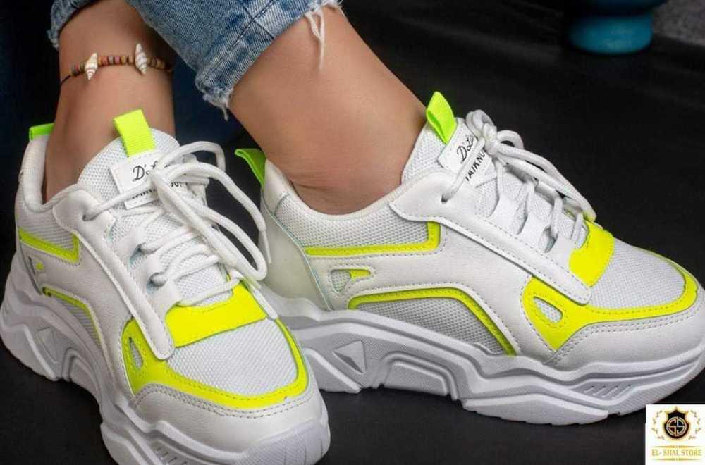 005-006 women shoes